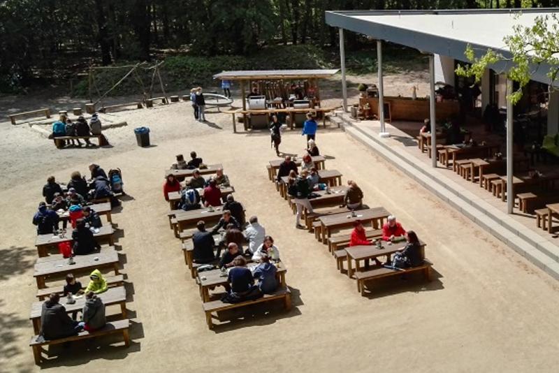 ©Baum&Zeit Baumkronenpfad Beelitz-Heilstätten Biergarten