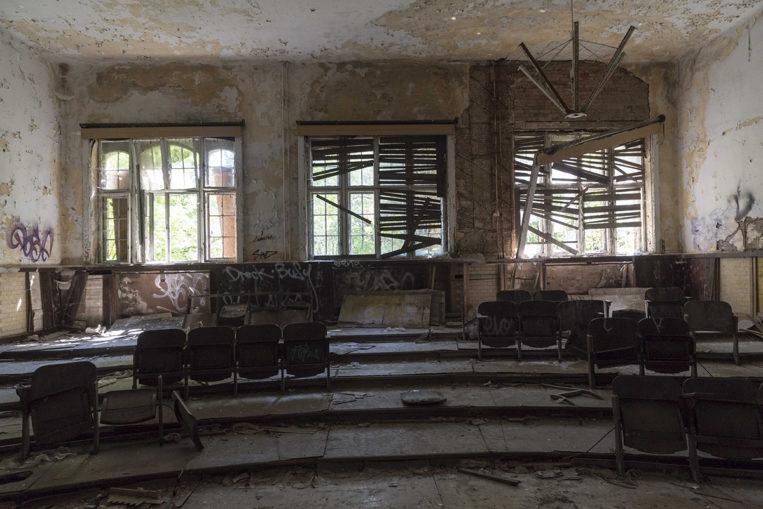 ©Baum&Zeit Baumkronenpfad Beelitz-Heilstätten Hörsaal Labor